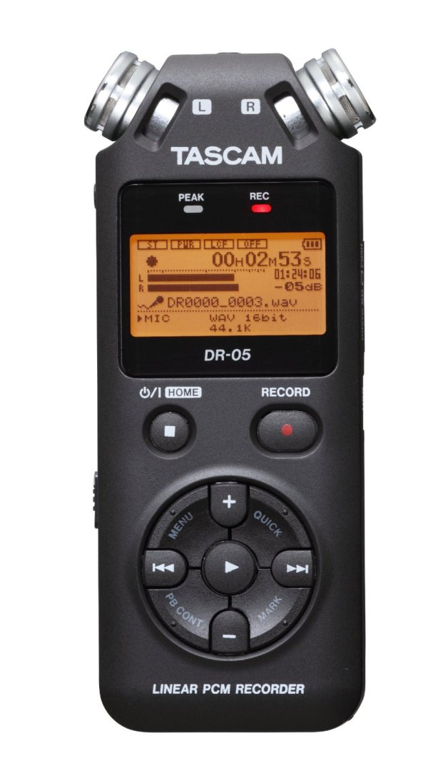 20150725sa-tascam-linear-pcm-recorder-dr-05-front