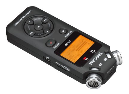20150725sa-tascam-linear-pcm-recorder-dr-05-right