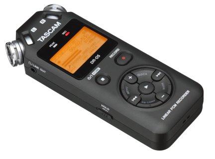 20150725sa-tascam-linear-pcm-recorder-dr-05